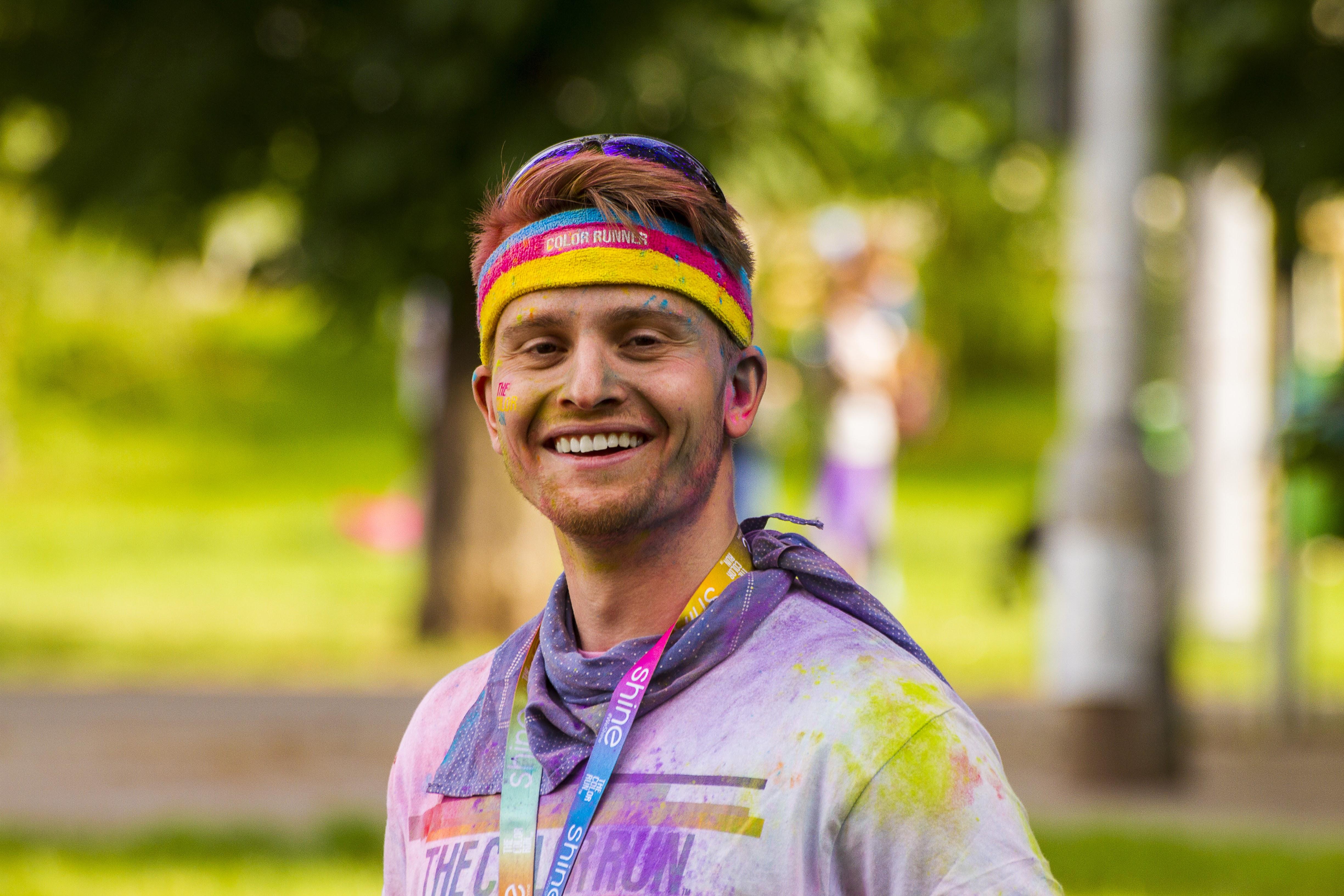 Usměvavý vedoucí Dan